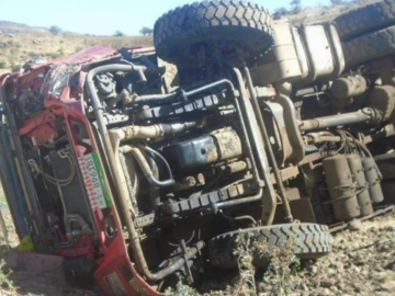 7 Dead, 24 Hurt After Sino Dump Truck Overturns in South Wollo
