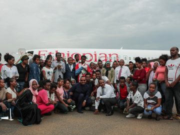 PM Abiy Returns from Sudan with 106 Released Ethiopian Prisoners